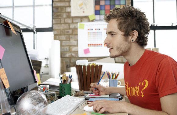 Seu filho gosta de tecnologia? A carreira de programador pode ser a mais indicada para ele.